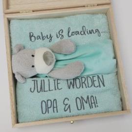 Houten giftbox tutdoekje mintgroen | Hoera, jullie worden opa en oma!