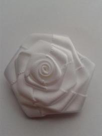 Satijnen roosje | wit