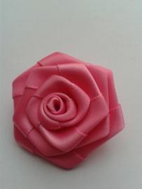Satijnen roosje | fuchsia