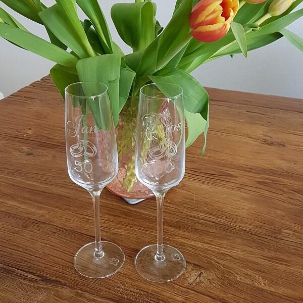 Champagne glazen   naam, getal en ringen