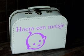 Kinderkoffertje Hoera een meisje