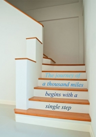 The journey of a thousand miles begins with a single step verscillende kleuren