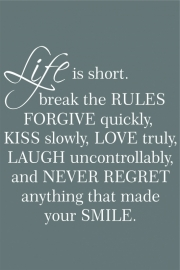 tekstbord: Life is short