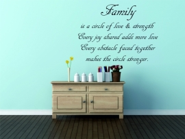 muursticker: family is a circle of love 2