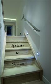 trapsticker: Upstairs to Paradise