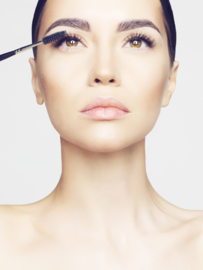 Combi 6: Wimperextensions One by One & Brazilian Brow Shaping