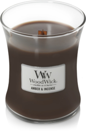 Amber & Incense Medium Candle WoodWick®