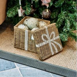 RR Pretty Present Basket S~