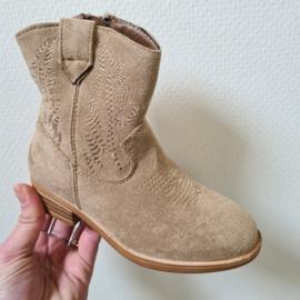 Beige cowboy boots