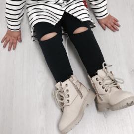 Black open knee legging