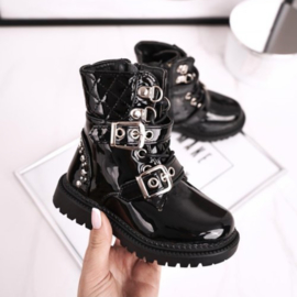 A little quilted shiny boots
