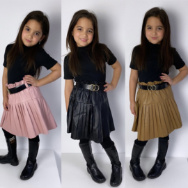 Belted & Pleated leather skirt