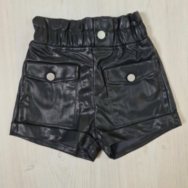 Leatherlook pocket short
