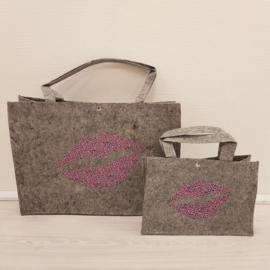 Grey Leopard Kiss bag Set