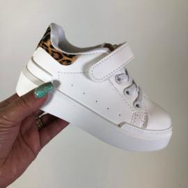 Basic leopard sneakers