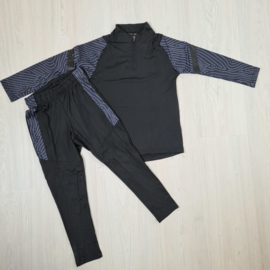 Black sporty set