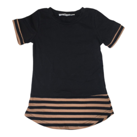 Black & stripe tee