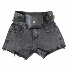Bagged black denim short