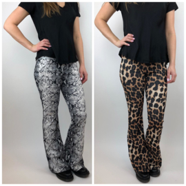 Printed flair pants (mommy)