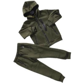 Green zipped set