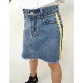 Denim skirt with side stripes