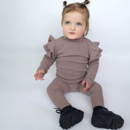 Baby ruffled set - taupe