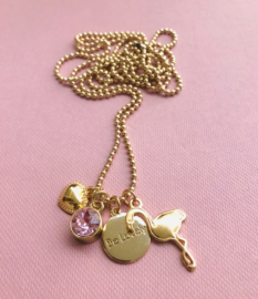 Be Lovely -  Goudkleurige ketting met roze swarovski, hartje en flamingo