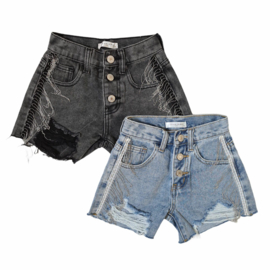 Chained denim shorts