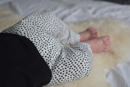 Black & White baby harem