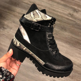 Snake platform boots