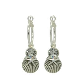 Be Lovely - Zilverkleurige oorbellen, met heldere swarovski en schelp met zeester