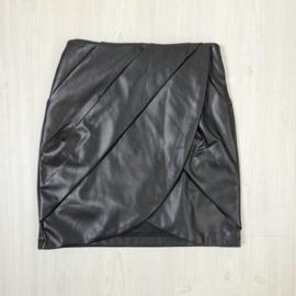 Black leatherlook skirt