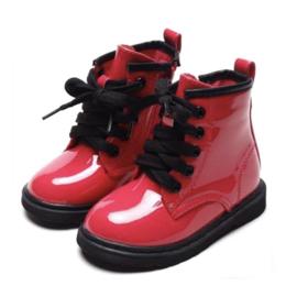 Shiny fuchsia boots