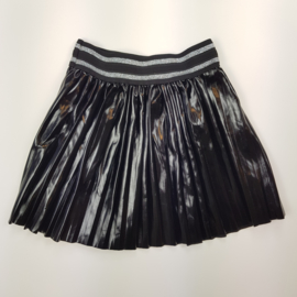 Cool girls skirt