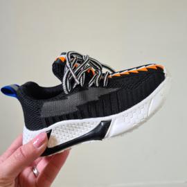Walk around sneakers Black