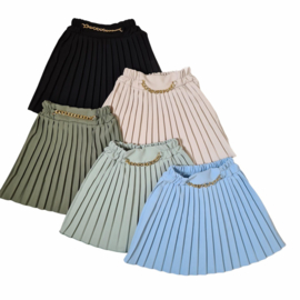 Chained pleated skirt