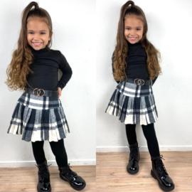 Belted winter skirt