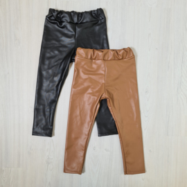 2 colored leatherlook legging