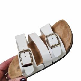 The buckled slipper - White