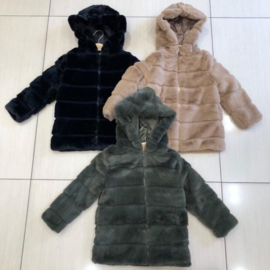 Zipped winter glamour