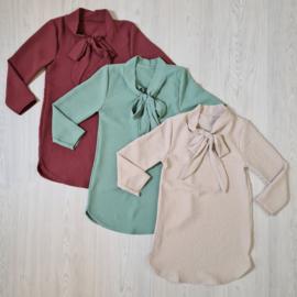 Basic bow dress