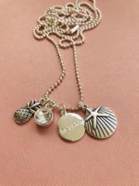 Be Lovely - Zilverkleurige ketting, met witte swarovski, ananas en schelp met zeester
