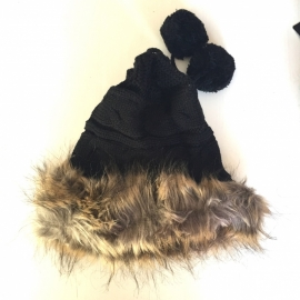 Yeti black
