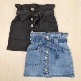 Buttoned & Belted denim skirt