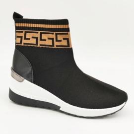High fashion sneaker
