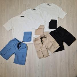 Colored pocket set