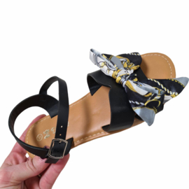 Chained bow sandals - Black