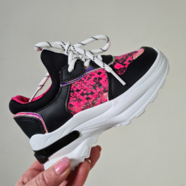 Snake black/pink sneakers