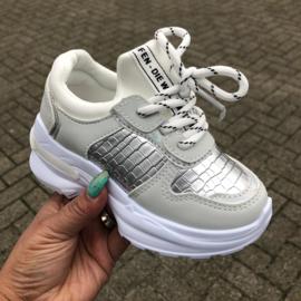 Silver/white croco sneakers