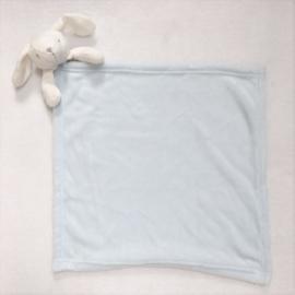 MAXI Knuffeldoekje, licht blauw, konijn met of zonder naamborduring
